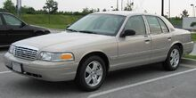 1280px-2007 Ford Crown Victoria LX