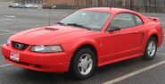 800px-1999-04 Ford Mustang coupe