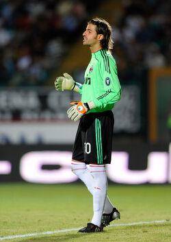 Marco Storari Siena-Milan 2009-10
