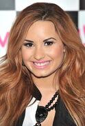 Demi Lovato - Demi Lovato Wiki (10)