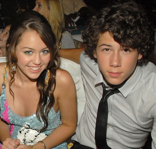 Miley and nick still dating