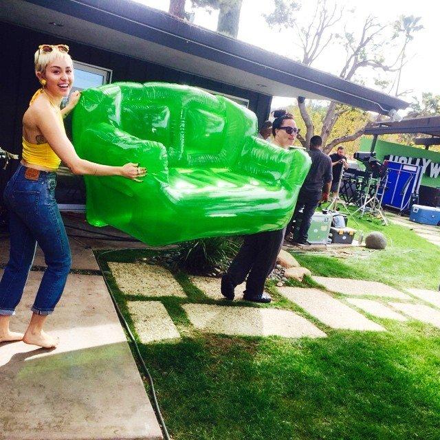 Backyard Sessions Miley Cyrus Wiki Fandom