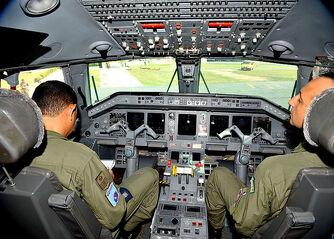 Cabine do avião R99