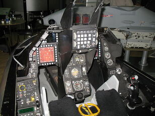 800px-F16 Cockpit, Asian Aerospace 2006