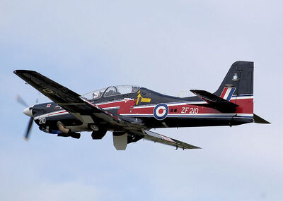 800px-Short tucano t1 zf210 flying arp