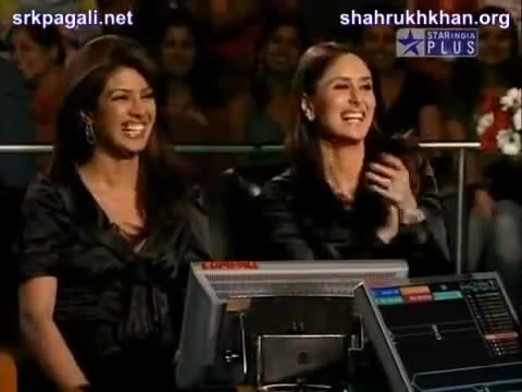 File:Priyanka Chopra and Kareena Kapoor.jpg