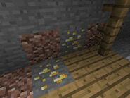 Abandoned mineshaft-gold-minecraft pe
