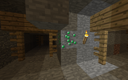 Emerald Ore In MIneshaft