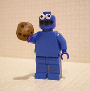 Lego-custom-minifig-cookie-monster-by-chaosfish1-1-