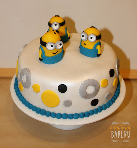 Despicable Me Minions Birthday Cake For Simon  Jpg