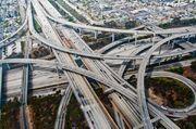 Autopista-de-los-angeles-en-la-interseccion-de-las-interestatales-110-y-105 galeria principal size2