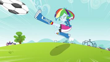 20130725164819!Rainbow Dash kicks soccer ball EG