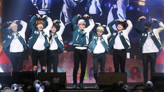 BTS concert heart