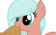 Candy mint comiendo un sombrero;3