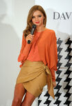 60652 MirandaKerr In Store Fashion Workshop 15 122 946lo