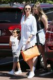 Miranda+Kerr+Son+Flynn+Seen+Out+Malibu+ZHt0u8tNzZ1l