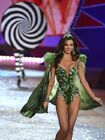 Victorias-secret-fashion-show-2012-with-miranda-kerr-photos-006