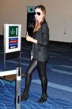 15988 Miranda Kerr at Tokyo Haneda Airport Japan January 27 2012 003 122 512lo