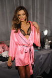 MIRANDA-KERR-in-Backstage-at-the-2012-Victorias-Secret-Fashion-Show-in-New-York-3