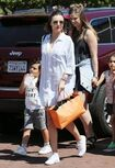 Miranda+Kerr+Son+Flynn+Seen+Out+Malibu+sctzJEQj6N-l