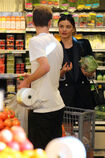 Miranda-Kerr-at-grocery-shopping-in-Malibu--07.jpg.ed3eb5337e0bf8d00adab7bc29e1fdf3
