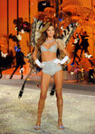 Miranda+Kerr+Victoria+Secret+Fashion+Show+4PWp8-M3IeHl