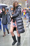 Miranda-Kerr-proves-she-is-a-working-mom-as-she-takes-baby-Flynn-to-her-photo-shoot-at-Rockefeller-Center-in-NYC