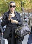 85631 Tikipeter Miranda Kerr is seen arriving at her hotel 001 122 368lo