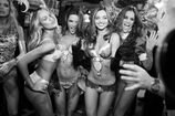 Fashion-show-backstage-2012-candice-alessandra-miranda-izabel-victorias-secret-hi-res