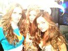 Kona-tanning-katie-victorias-secret-fashion-show-2012-angel-wings-kenny-miranda-kerr-izabel-goulart-doutzen-kroes
