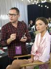 Miranda-kerr-getting-her-makeup-done-backstage-at-2009-victorias-secret-fashion-show
