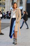 Photos-Miranda-Kerr-s-offre-un-shooting-pour-Vuitton-sur-la-plus-luxueuse-place-de-Paris portrait w674.jpg.0ee02c9e2d5caac34179b94df2a411e9