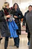 Miranda+Kerr+Miranda+Kerr+Shops+Manhattan+NurExbfHdk-l