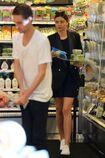 Miranda-kerr-goes-grocery-shopping-in-malibu-4-2-2016-6.jpg.1da303a0d05cecd7dd40a7299e9f78f3