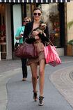 27838 celebrity-paradise com-The Elder-Miranda Kerr 2010-02-01 - shopping at Victoria Secrets 036 122 543lo