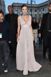 Miranda-kerr-leaves-the-koradior-show-during-milan-fashion-week-2017-picture-id610523066