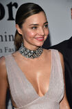 Miranda-kerr-attends-the-koradior-show-during-milan-fashion-week-on-picture-id610522616