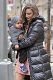Miranda-Kerr-proves-that-she-is-a-working-mom-as-she-takes-baby-Flynn-to-her-photo-shoot-at-Rockefeller-Center-in-nYC-1