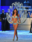 Miranda kerr 2011 victorias secret fashion show 0