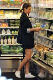 Miranda-kerr-goes-grocery-shopping-in-malibu-4-2-2016-5.jpg.f153f98cc698f9600cc3cb0605e6908c