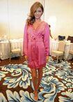 Miranda-Kerr-l-egerie-Victoria-s-Secret-n-a-pas-le-choix-que-d-afficher-des-gambettes-toujours-au-top portrait w674