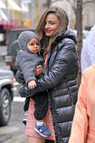 Miranda-Kerr-proves-that-she-is-a-working-mom-as-she-takes-baby-Flynn-to-her-photo-shoot-at-Rockefeller-Center-in-nYC