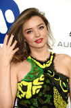 510545784-model-miranda-kerr-arrives-at-the-warner-gettyimages