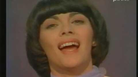 Mireille Mathieu - Les matins bleus