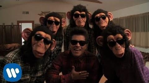 Bruno Mars - The Lazy Song -OFFICIAL VIDEO-