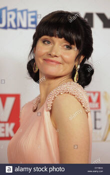 Essie-davis-at-the-logie-awards-melbourne-april-27-2014-DYYB1K