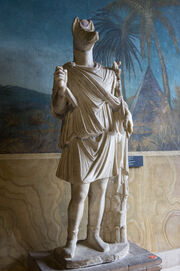 Estatua hermanubis