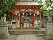 Komainu foxes at an Inari shrine