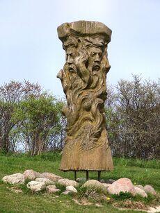 800px-Svantevit-Statue