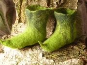 Von Hand gefilzte Schuhe